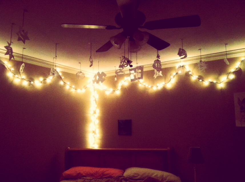 Hang Christmas Lights On Wall : Tumblr Room: Put up Pictures, Hang Christmas Lights, Put Stickers On Your Wall, Get A Cute ...